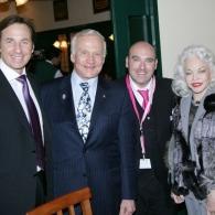 Buzz Aldrin und David Unger-Klein bei Plachutta